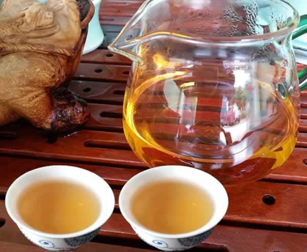 金秀野生红茶,大瑶山红茶,红透亮的野生茶